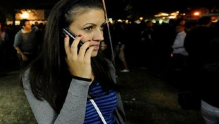 Balkanlardaki cep telefonu kullanıcıları AB'ye kıyasla beş katına varan oranlarda yurt dışı dolaşım ücreti ödüyor.