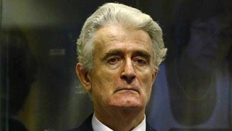 Srebrenitsa'daki katliamdan Lahey'de yargılanan